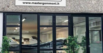 showroom master gommoni
